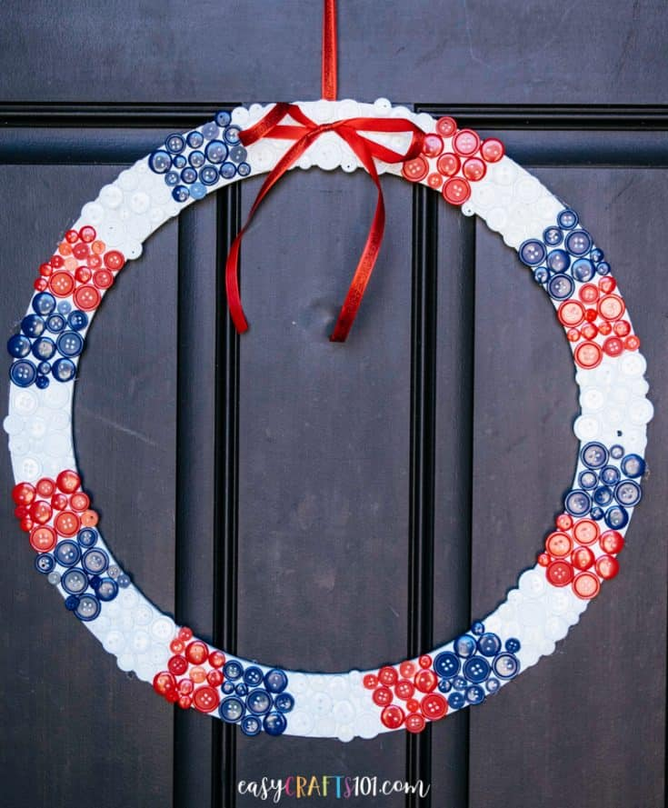 Easy 4th of July Button Wreath