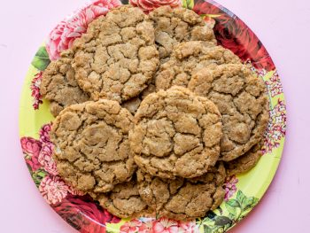 Easy Molasses Cookies Recipe from EasyCrafts101.com